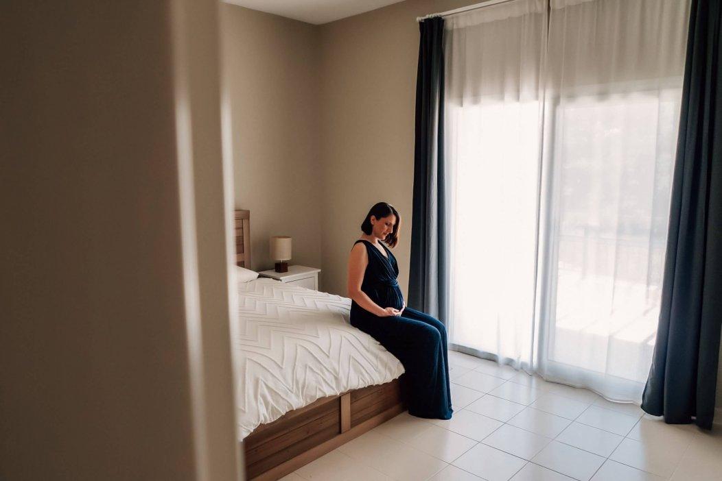 Maternity photoshoot in Dubai during coronavirus pandemic