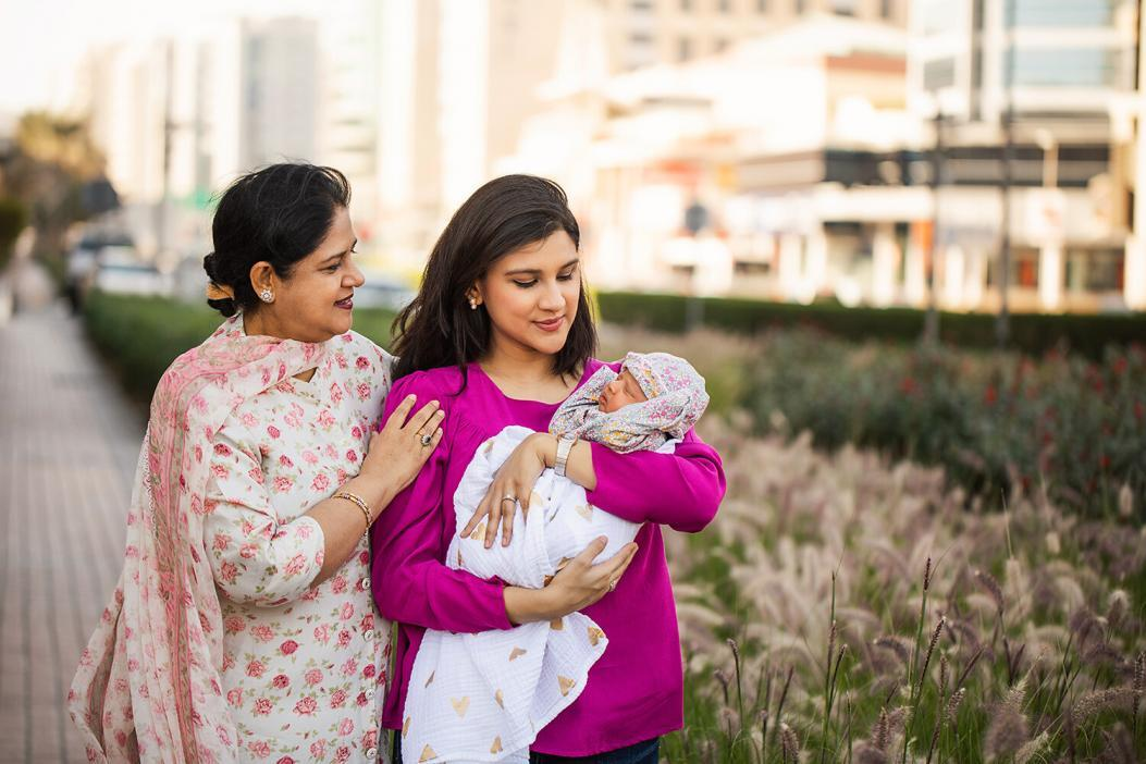 Family photoshoot with baby in Dubai